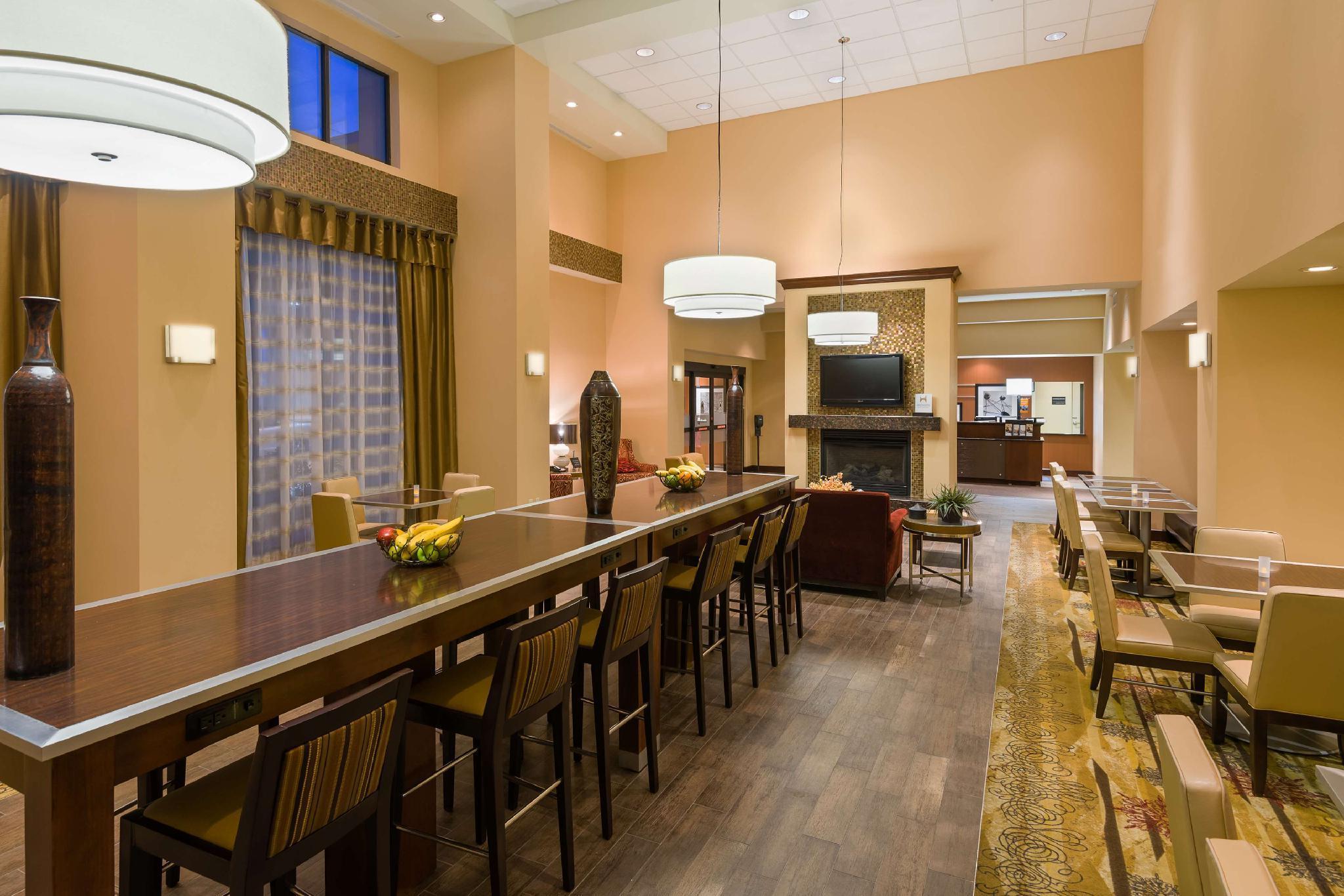 Hampton Inn And Suites Peoria West