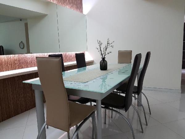 3BR Apartment Taman Anggrek by Mei Jakarta