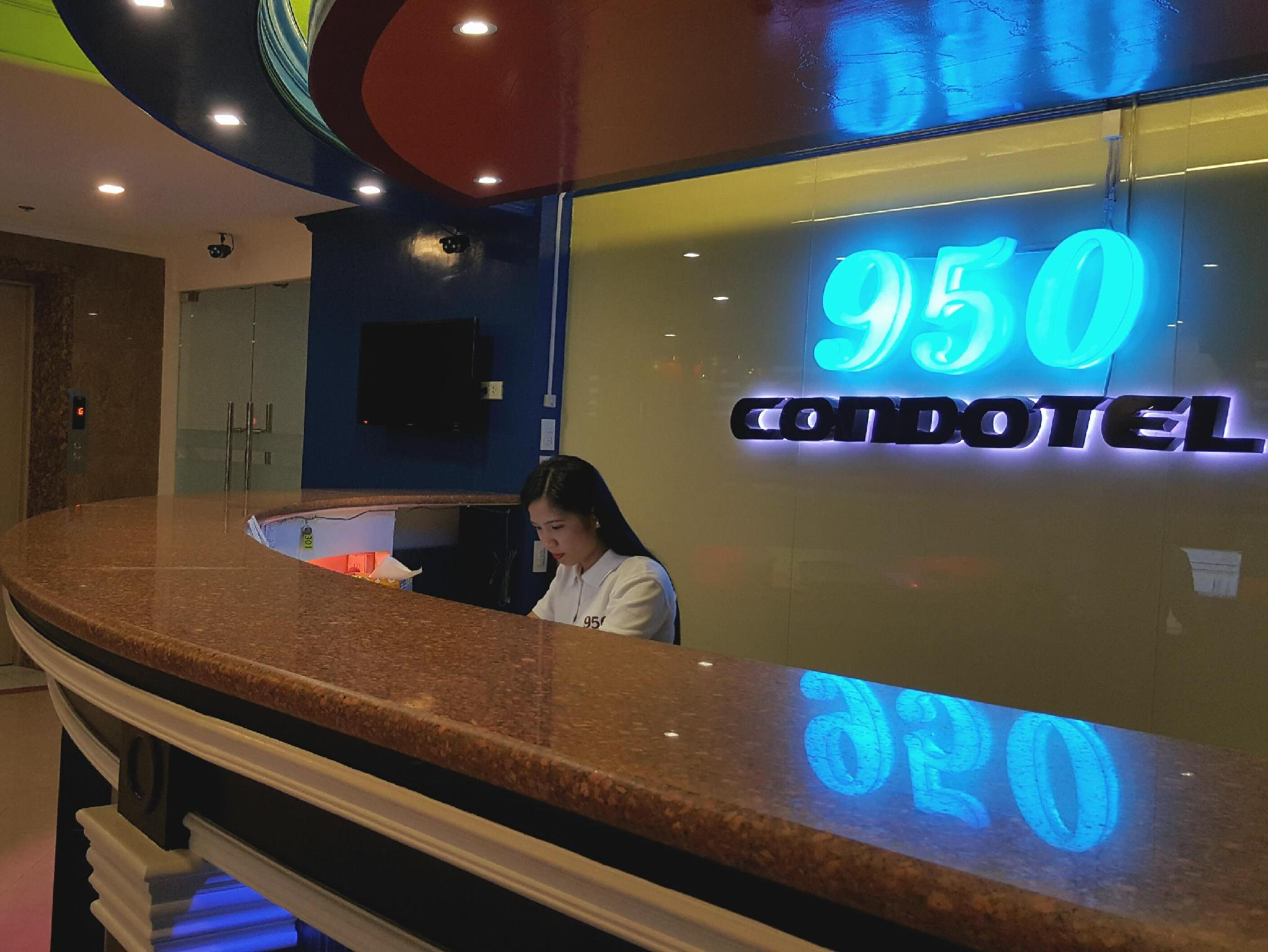 950 Condotel
