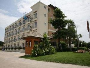สุขฤทัย อพาร์ตเมนต์ (Suklutai  Apartment)