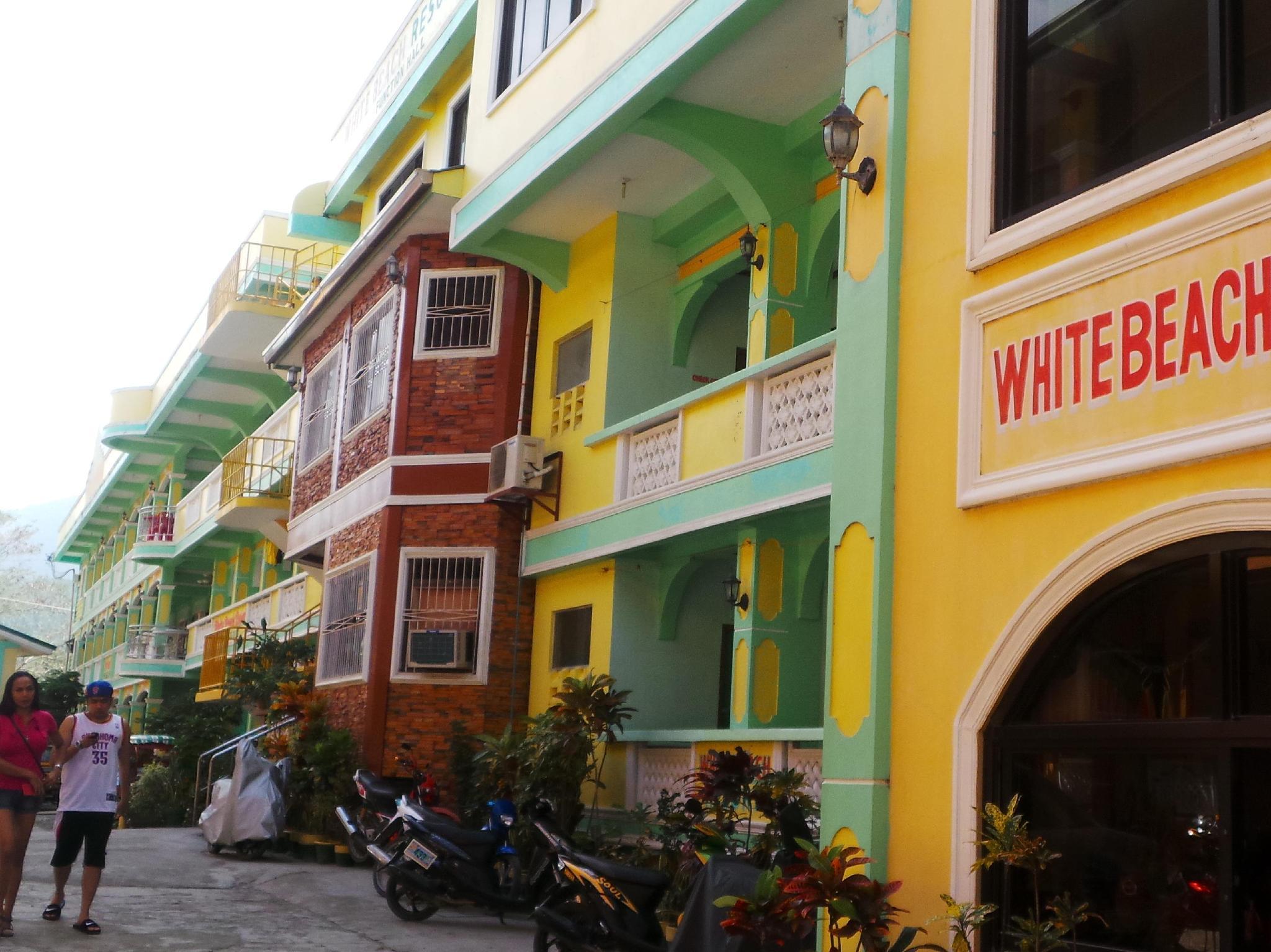 White Beach Resort Bar And Restaurant
