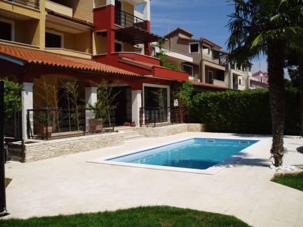 Apartments Villa Rossella 1
