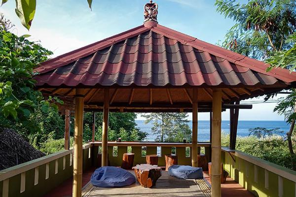 Amed Corner Guesthouse Bali