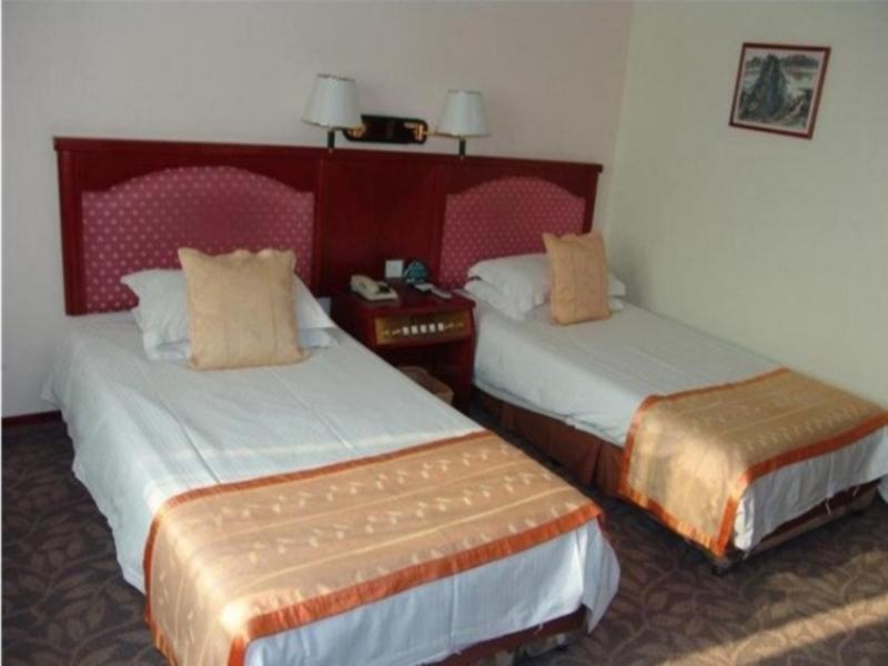 Price GreenTree Inn Wuxi Railway Station Hotel