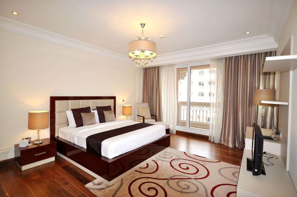 Mondo Living  Palm Jumeirah One Bedroom Apartment