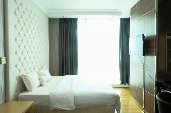 3BR The Peak Sudirman CBD Apartment By Travelio Jakarta