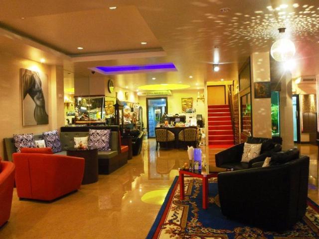 คลับ วัน เซเว่น ภูเก็ต – Club One Seven Phuket