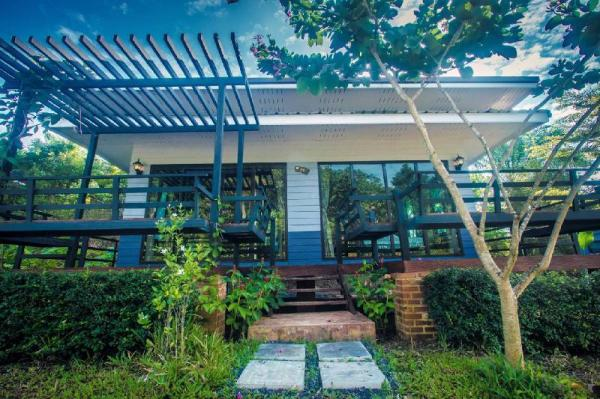 Baan Suan Hill Resort Surat Thani
