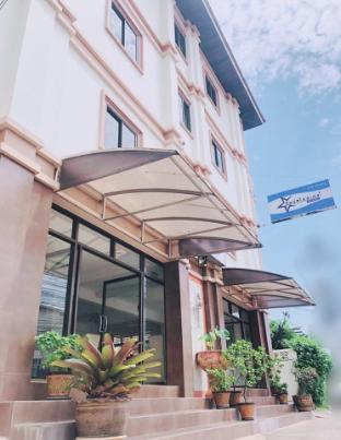 Top Hostel Udon Thani ท็อป โฮสเทล อุดรธานี