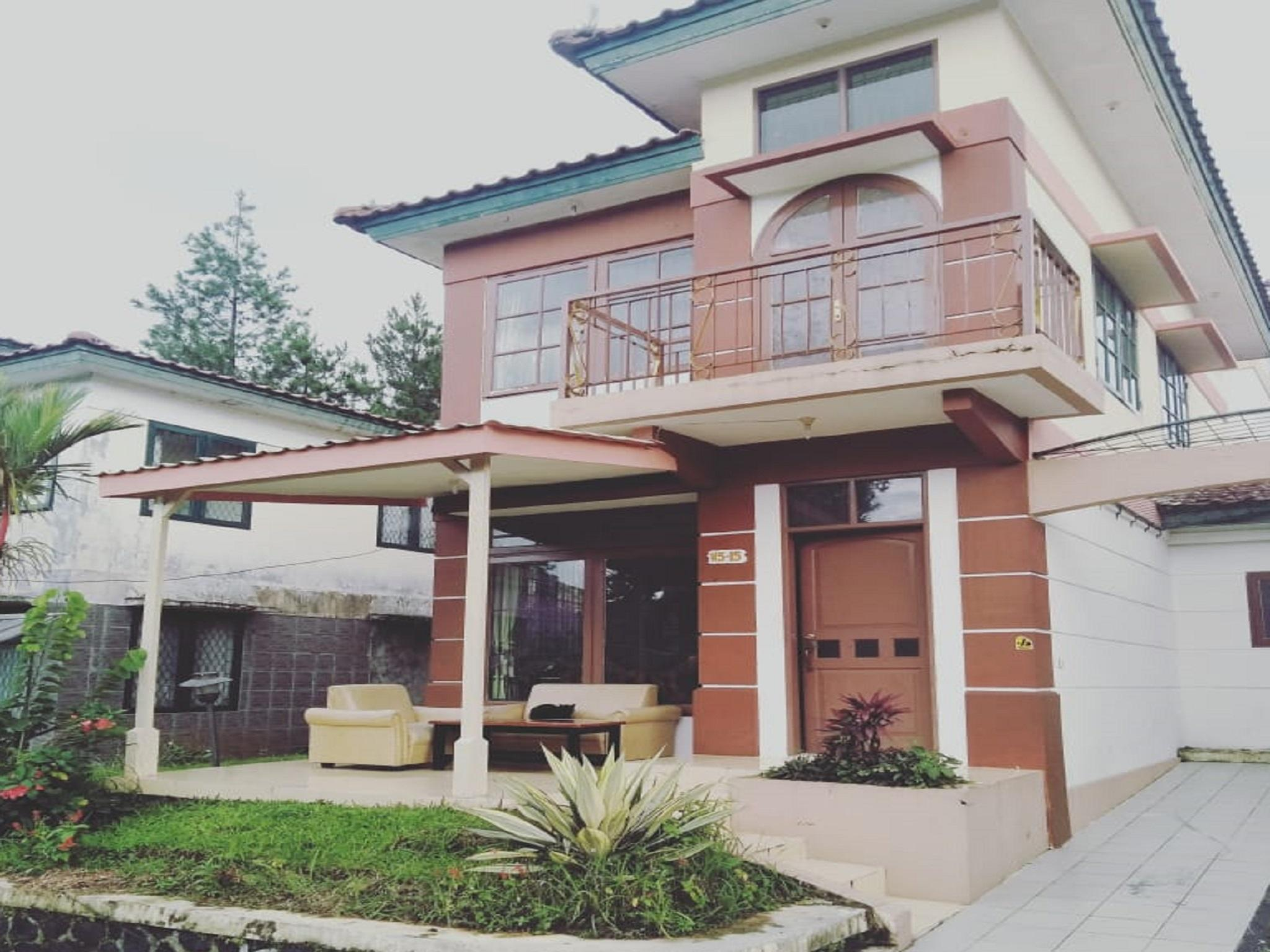 Fame Villa Hook Kota Bunga