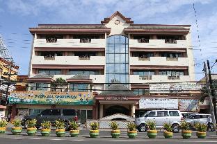 picture 5 of La Fiesta Hotel