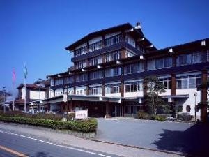 O hotelu Kyushu Hotel (Unzen Kyushu Hotel)