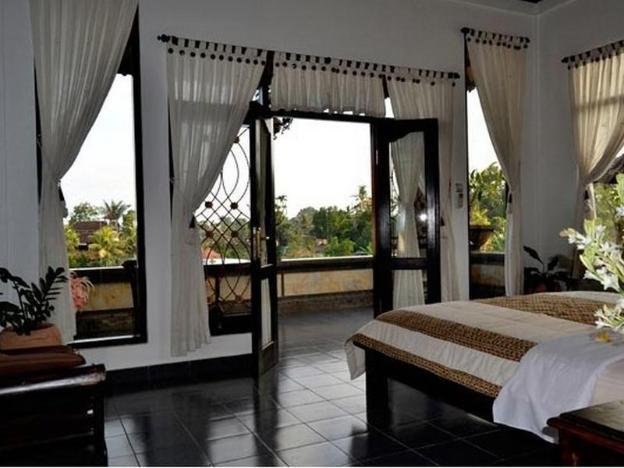 Kunang Kunang Guest House