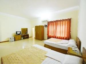 Gieng Ngoc Hotel