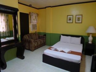 Turissimo Garden Hotel