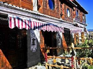 Lijiang Tianyu Shangyuan Hotel