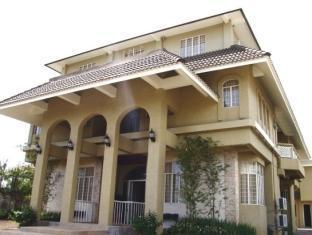The Naga Manor
