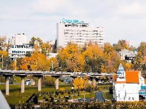 伏尔加酒店 (Hotel Volga)