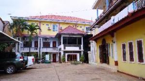 Mary 2 Hotel