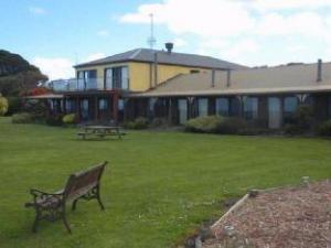 Over Skenes Creek Lodge Motel & Licensed Restaurant (Skenes Creek Lodge Motel & Licensed Restaurant)