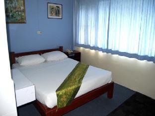 パラドーン ホテル Paradorn Hotel