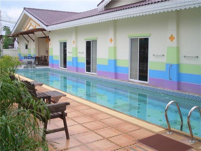 ภูเก็ต เซเว่น อินน์ – Phuket 7-Inn