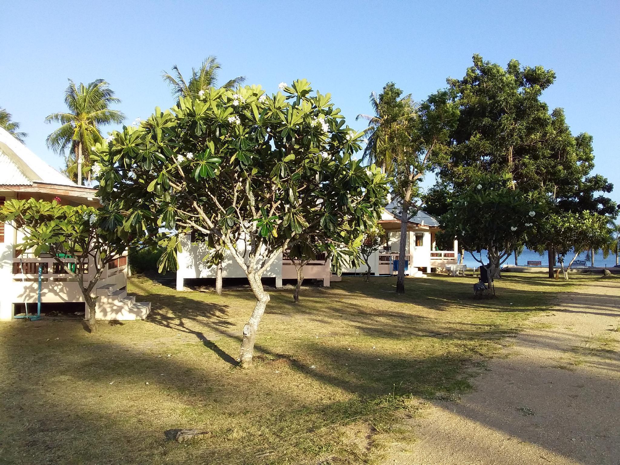 Jinta Beach Bungalow จินตา บีช บังกะโล