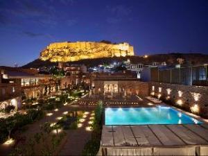 Hotel Raas