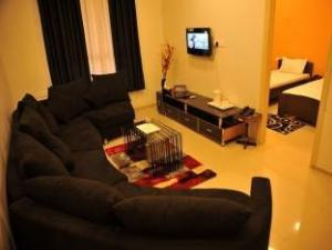 Radhika Inn Service Apartment