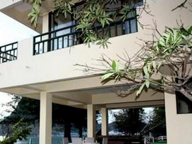 อ่าวน้อย ซีวิว รีสอร์ต – Aow Noi Sea View Resort