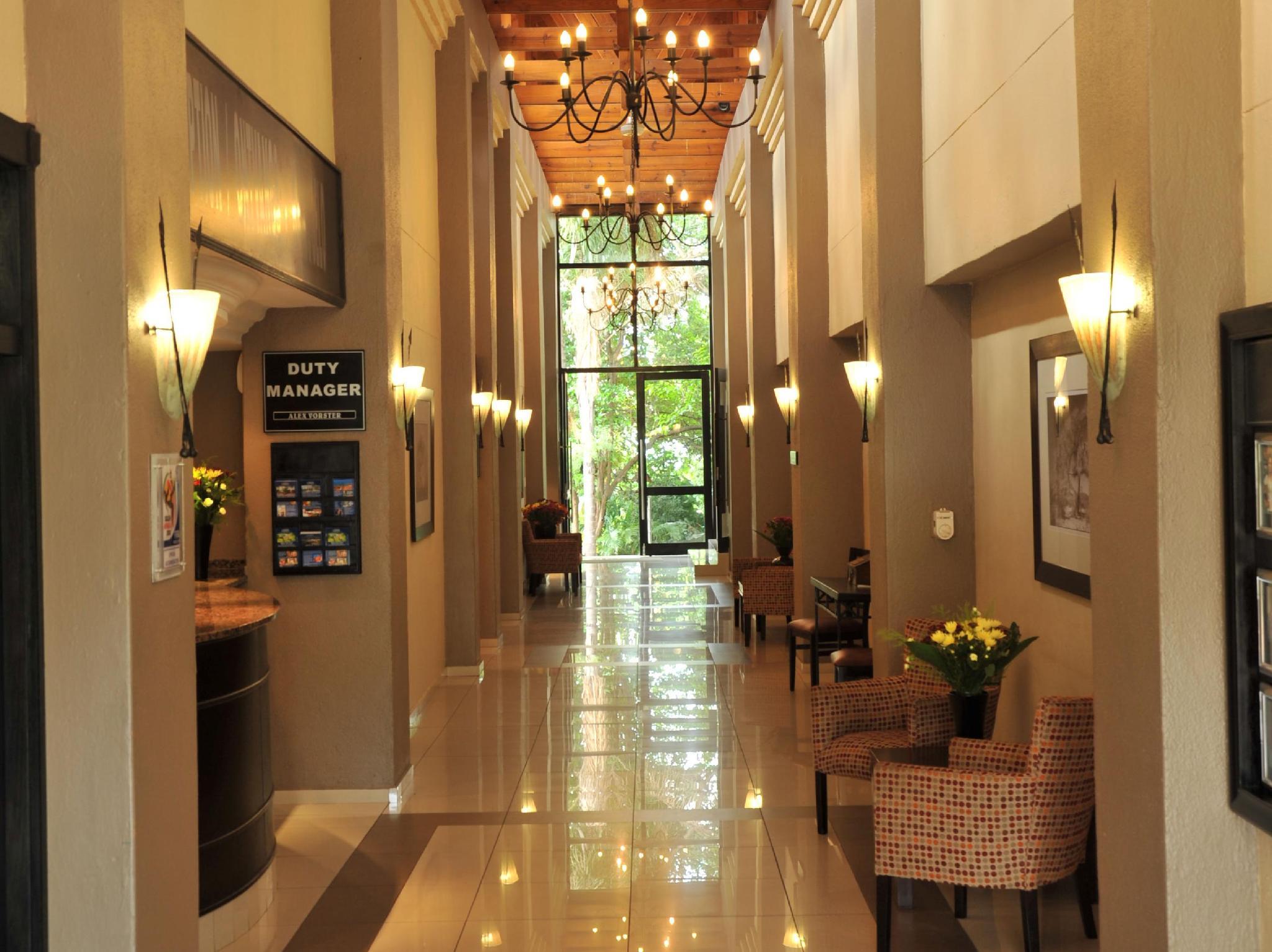 Safari Lodge Hotel And Convention Centre