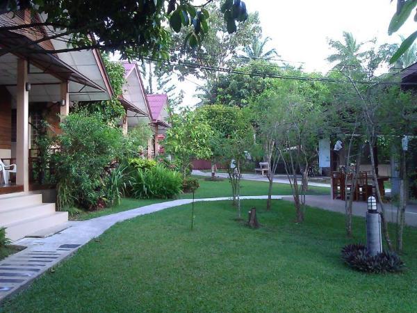 Ruan Rom Mai Bungalow Phuket