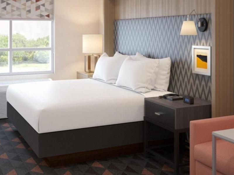 Holiday Inn Hotel And Suites Calgary Airport North