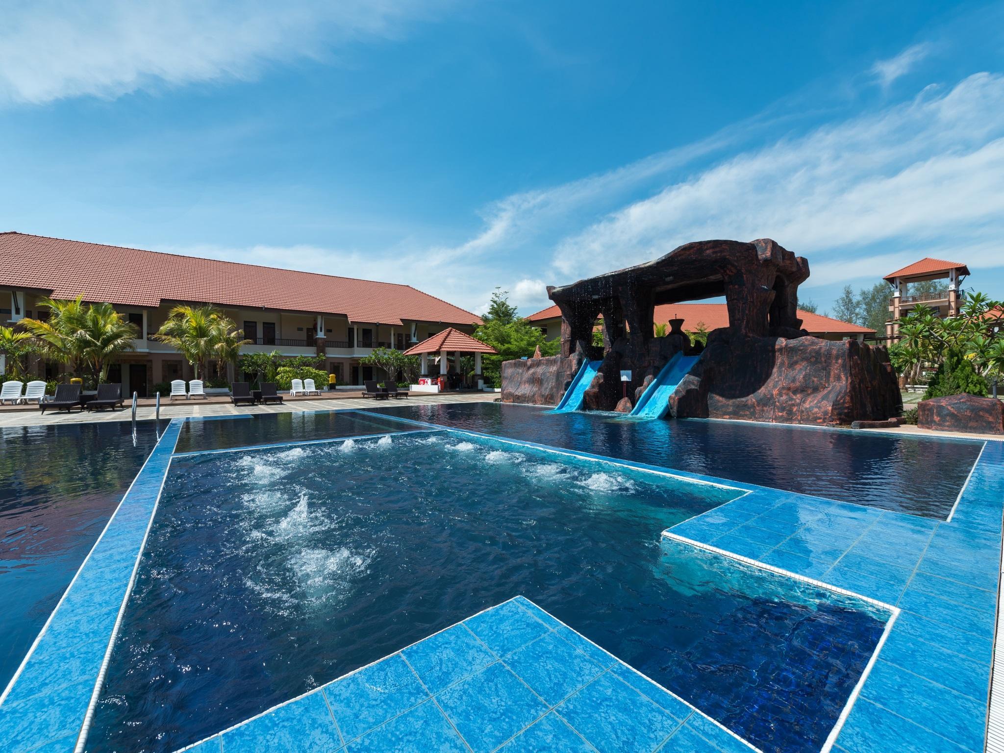 Tok Aman Bali Beach Resort @ Beachfront