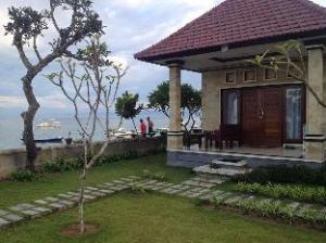 關於藍夢島瑜珈海灘餐廳平房 (Yogi Beach Bungalow & Restaurant Lembongan)