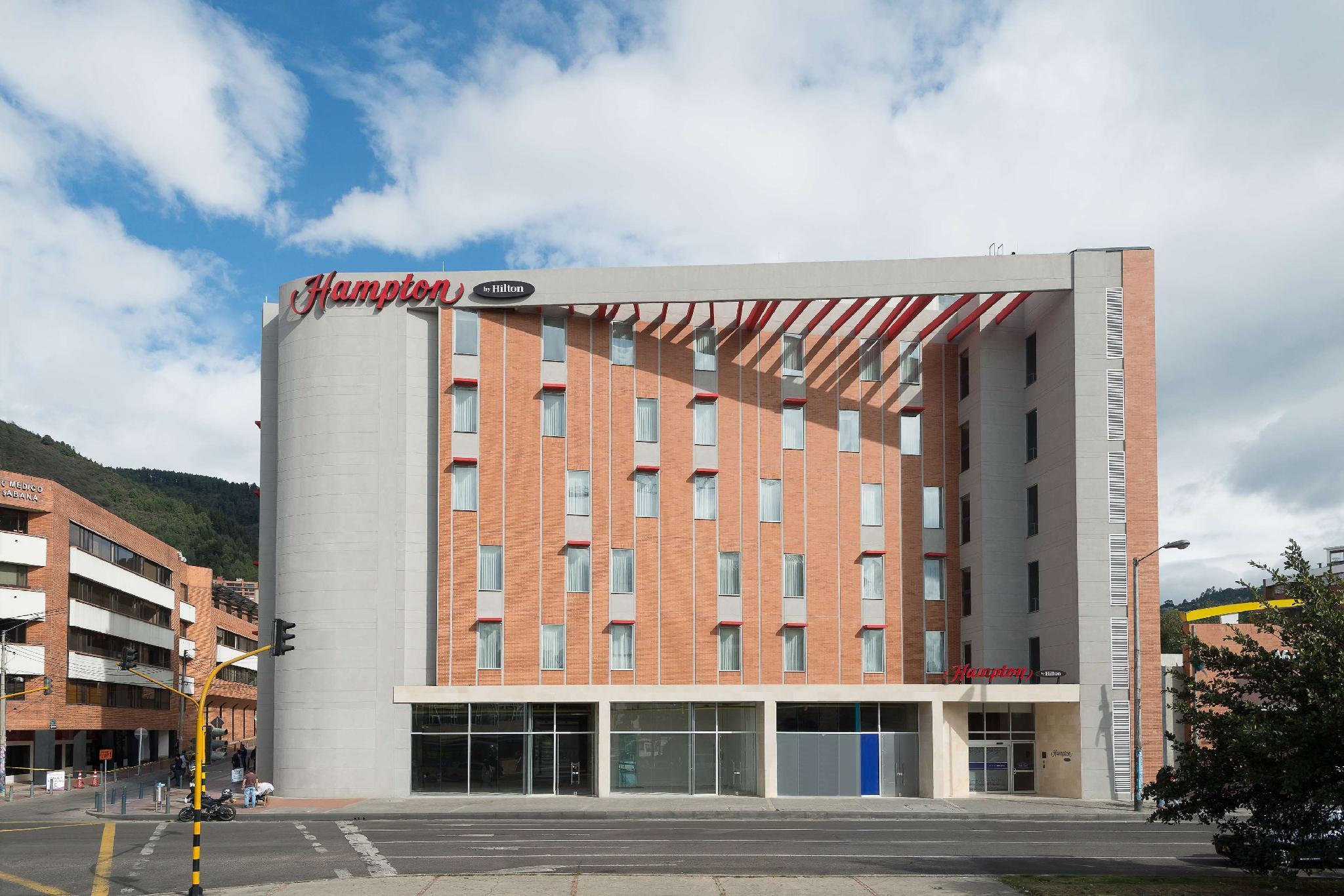 Hampton By Hilton Bogota