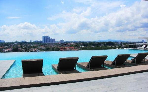 1 Tebrau Suites by Subhome Johor Bahru