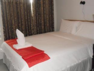 picture 2 of Cinfandel Suites