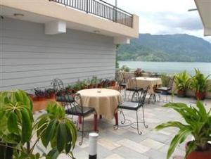 Hotel Peace Plaza
