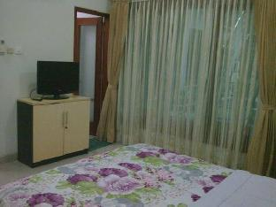 Roemah Oma Guest House