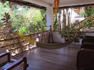 picture 2 of Bamboo Bungalows