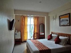 Baani Hotel