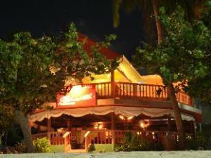 옐로우 레헨디 인 앳 마푸시  (Yellow Rehendhi Inn at Maafushi)