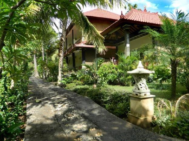 Bali Bhuana Beach Cottages
