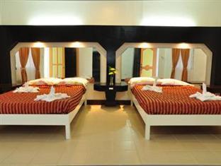 picture 2 of Hidden Island Resort