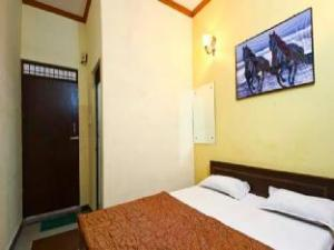 Harshit Paying Guest House