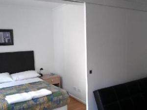 Ozstays Katz Apartment