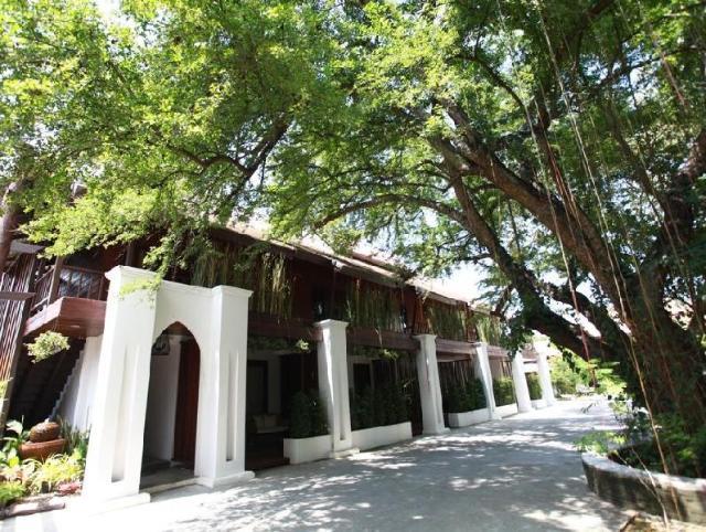 ชอมพอร์ ล้านนา บูติก รีสอร์ท – Chompor Lanna Boutique Resort