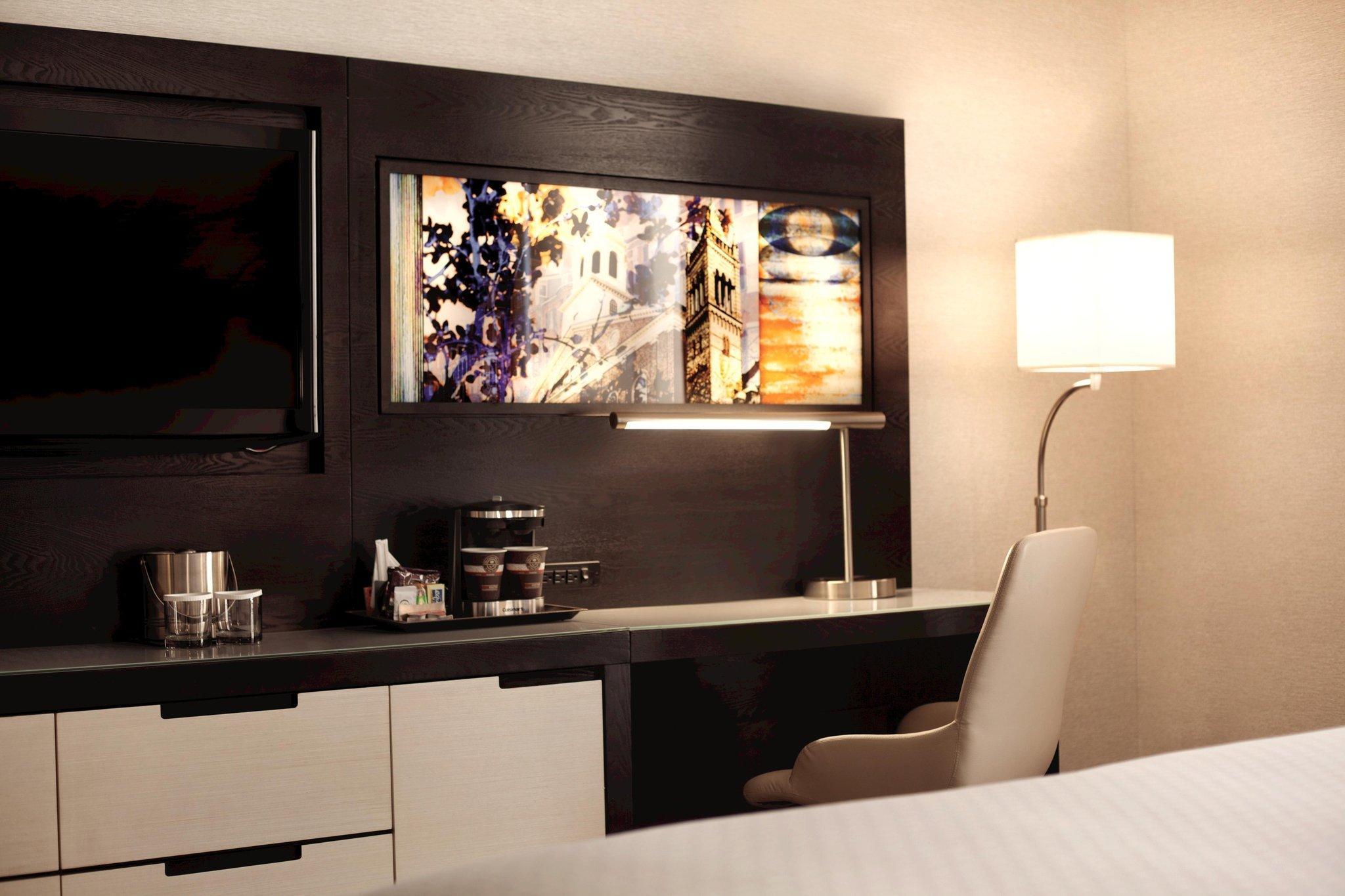 DoubleTree By Hilton Hotel Boston Downtown