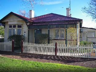 Colonial Cottages of Ross Ross Australia